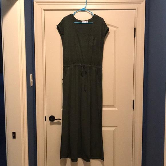 542896cf62d3 Women s Time and Tru Maxi Dress. M 5b394fc1534ef94448097306